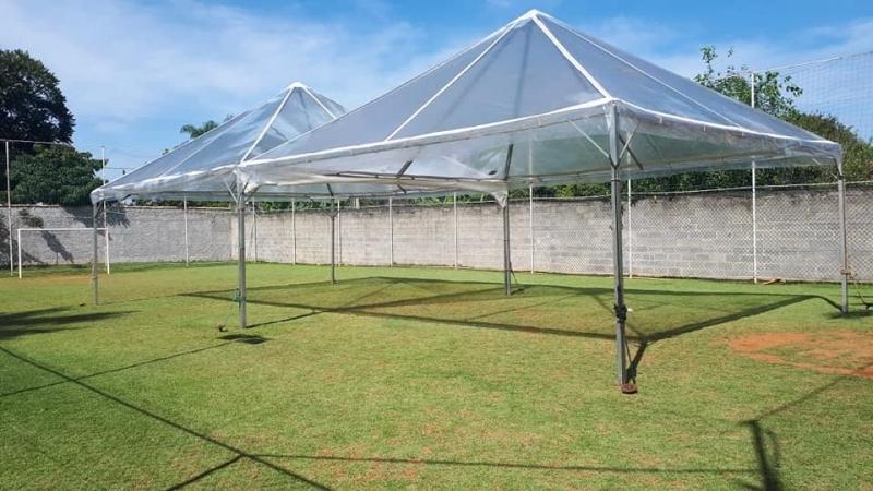 Tenda Cristal Piramidal Ibiúna - Tenda Cristal para Evento ao Ar Livre